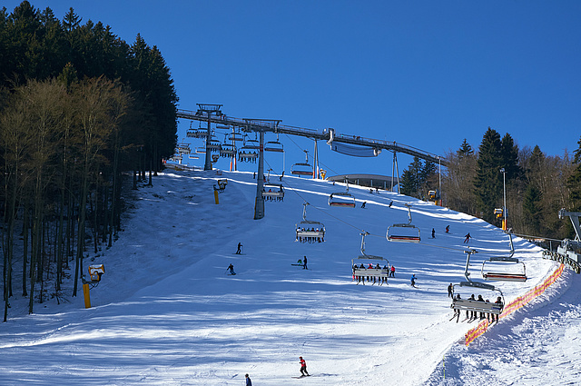 Skiverleih im Skiliftkarussell Winterberg