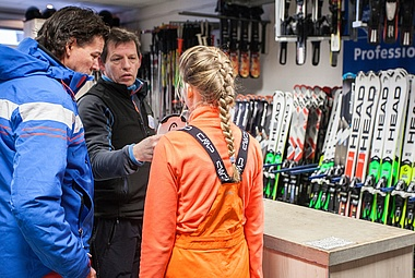 Skiverleih Winterberg - direkt am Skiliftkarussell